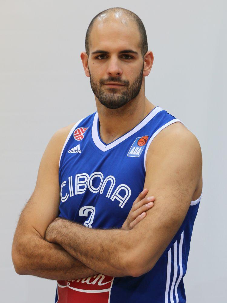 03 Zeljko Sakic