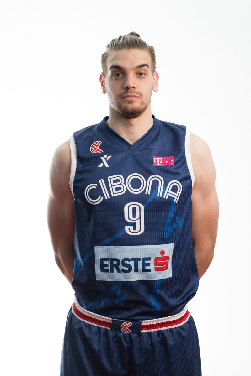 Mate Vucić 2020/21