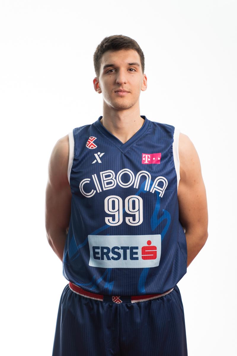 Toni Nakić 2020/21